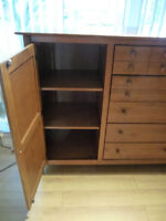 Armoire, commode Shermag, collection Nadeau