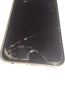 iPhone 6 with broken screen  West Island Greater Montréal image 2