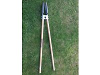 Spear and Jackson never bend stainless post hole digger