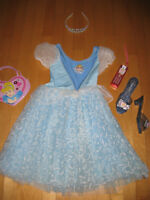 Splendide robe Disney CENDRILLON