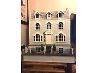 BEAUTIFUL COLLECTORS DOLLS HOUSE