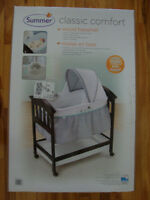 Summer Infant Classic Comfort Wood Bassinet