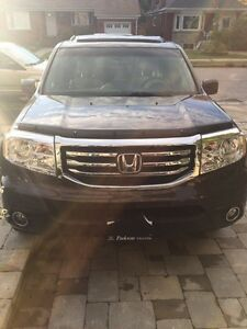 Honda Pilot EXL. With Car Play
