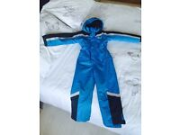 Snow suit aged 6-7 used but great condition pd £30 will accept £15