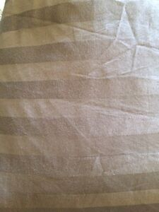 King Duvet Cover reversible with two shams