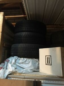 4 Winter Toyo tires for sale (195/60R15 87)