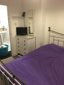 Room to let in Dawlish