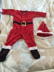 Baby Christmas Santa outfit £ 15