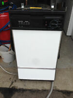 """USED 18"""" BUILD IN DISHWASHERS BLOW OUT!!!!!!"""