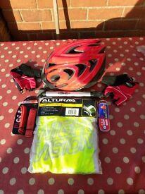 Men's Merida Hybrid bike and accessories