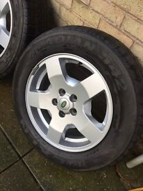 """Genuine Land Rover Discovery / Roadian Tyres 18"""""""