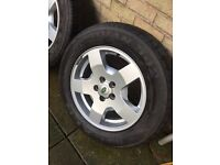 Genuine Land Rover Discovery / Roadian Tyres 18""