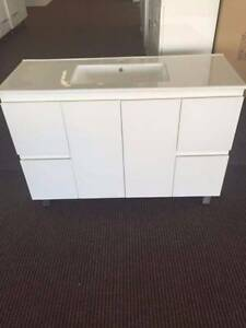 Brand New Vanity On Sale 1200mm With Thin Rectangle Ceramic Basin North Parramatta Parramatta Area Preview