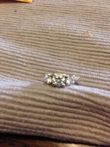 Beautiful diamond ring for sale. New over $7500