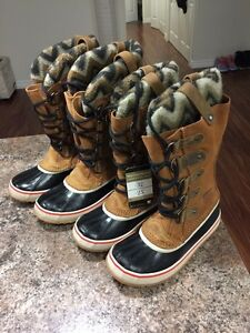 SOREL LEATHER WINTER BOOTS/ NEW! London Ontario image 2