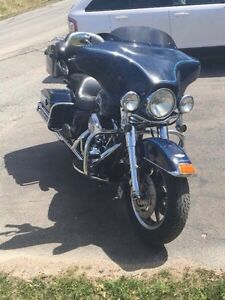 2003 HD Electra Glide Ultra (100th anniversary) Peace Officer