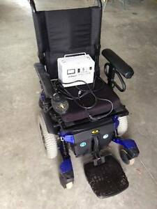 Quatum XL Wheelchair