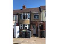3 bedroom house in Harcourt Street, LU1 3QL
