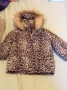 @ like new girls leopard winter jacket size 2T
