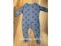 3-6m Gap sleepsuit
