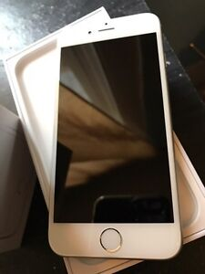 iPhone6 16g white/grey locked with rogers 10/10 London Ontario image 2