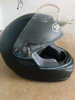 Casque de moto noir mat Small