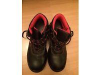 Flexitog safety boots size UK6
