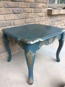 Gorgeous end/coffee table