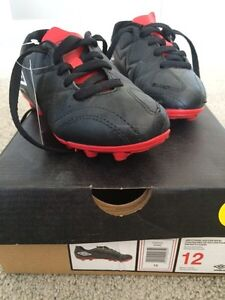 Soccer Shoes Size 12