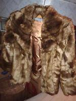 manteau de fourrure brun, marque Smarset, très bon état