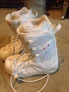 Snowboard boots  Prince George British Columbia image 2