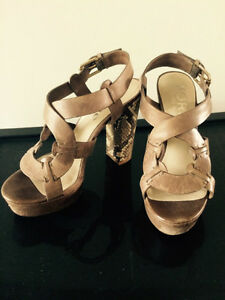 KORS by Michael Kors sandals 6.5 Windsor Region Ontario image 1