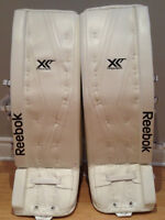 Reebok XLT goalie pads 35+2 New with tags