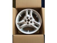 Landrover alloy wheels , 4 in total