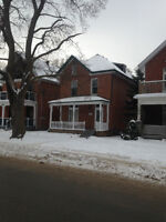 Large Attractive 6-7 Bedroom Trent Student Downtown Peterborough
