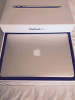 MACBOOK AIR 2014 used a few days only with full Apple Warranty