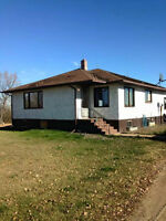 Beautiful house ffor rent 15 mins from Drumheller
