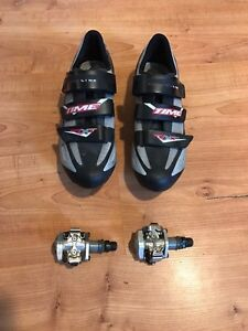 Time bicycle shoes with Shimano pedals