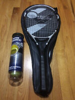 Victor Tour Energy T1 Tennis Racket and 4 balls