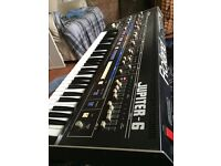 True Vintage synth Roland Jupiter 6