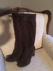 Born brown suede mint boots size 8