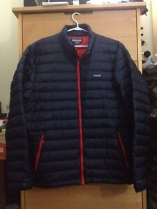 Patagonia Down Sweater Winter Jacket XL Blue Red