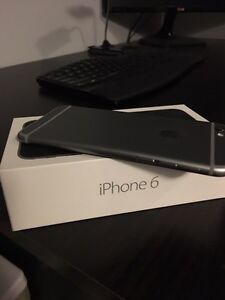 8 month old - IPHONE 6 16gb phone with box and screen protector