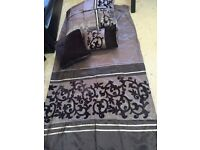 Double duvet cover with cushions