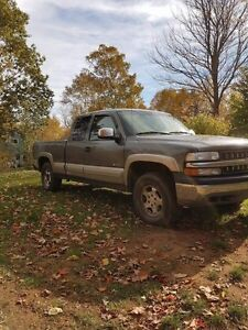 2000 Chev 1500 4x4 forsale or trade