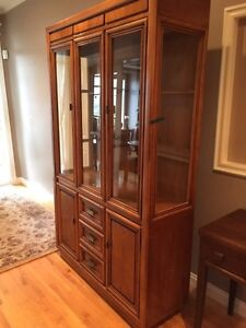Solid Oak Glass Hutch and Table with 4 chairs.