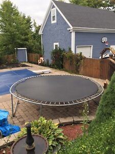 Trampoline for cheap