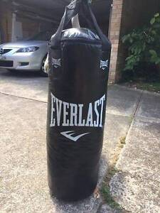 Everlast Heavy Punching Bag Frenchs Forest Warringah Area Preview