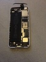 WANT! WANT! WANT! I WANT YOUR BROKEN IPHONES!!!