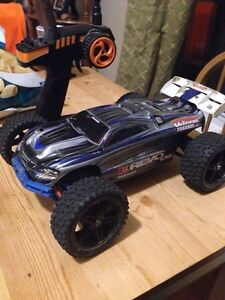 1:16 E-Revo VXL Brushless 2.4ghz RTR